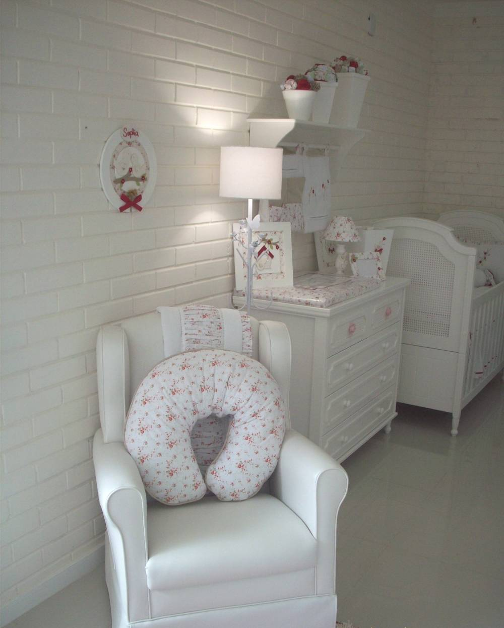 Decoração de Quarto de Bebê em Apartamento Pequeno em Guianazes - Decoração de Quarto de Bebê Menina